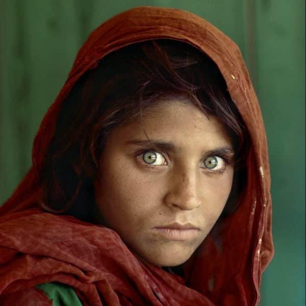 Chica afgana - fotografía famosa