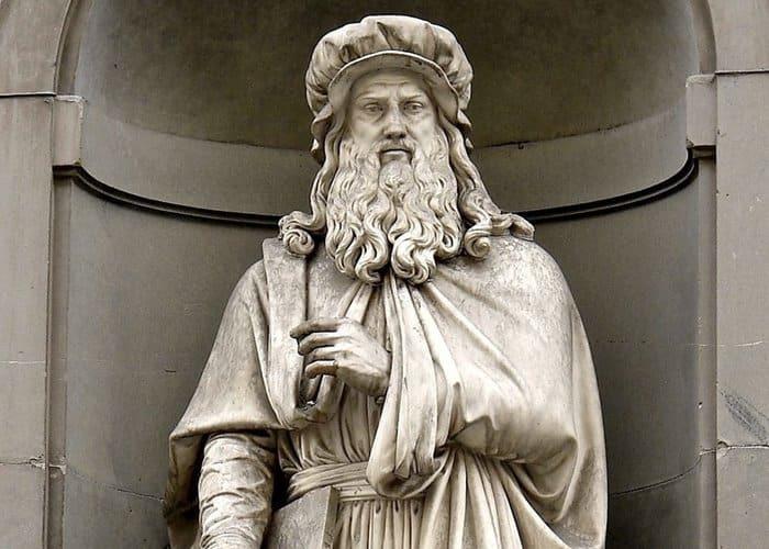 Curiosidades sobre Leonardo da Vinci - escultura