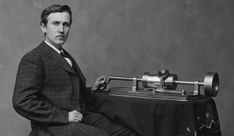 Fonógrafo invento de Thomas Alva Edison