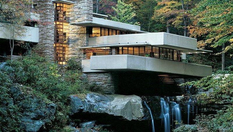 Edificio famoso en la naturaleza Wright